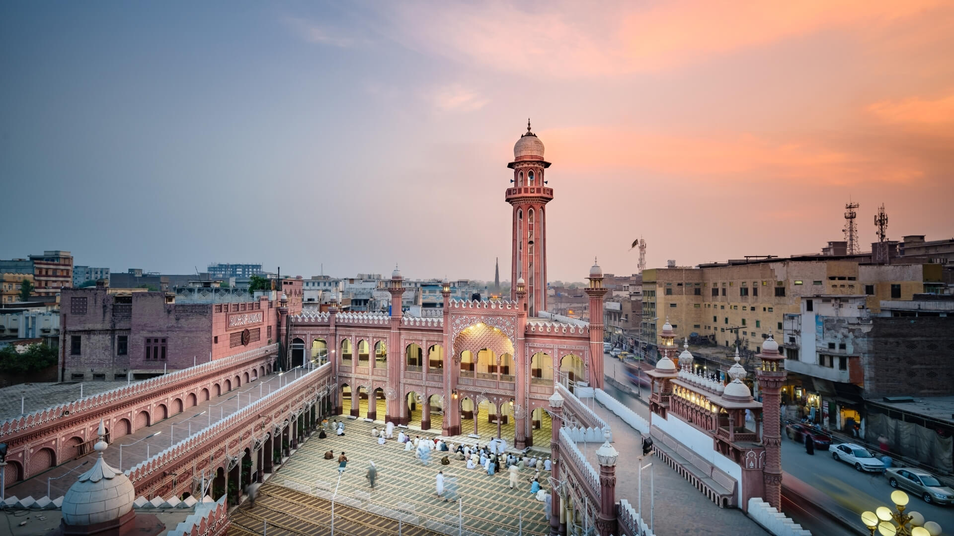 Wander Blog - Pakistan: a land of enchantment and traditions
